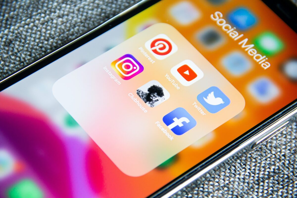 How to Engage and Sell Using the Social Media Platforms