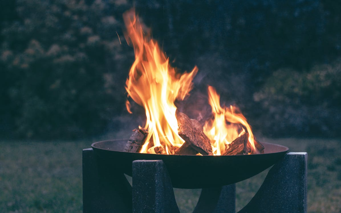 Things you should know before buying fire pits for outdoors