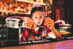 Bartender Vs Mixologist - Which Is The Better Option For You?